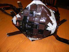 Vinopunottu kahvipussikori | Käsitöitä ja Puutarhanhoitoa Backpacks, Crafts, Bags, Handbags, Manualidades, Backpack, Handmade Crafts, Craft, Arts And Crafts