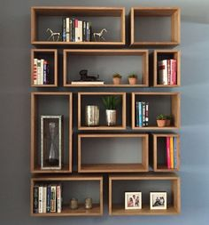 50 Trendsetting DIY Bookcase to Take Your Guests by Storm Modern Bookcase, Wall Bookshelves, Bookshelf Design, Wall Shelves Design, Creative Bookshelves, Homemade Bookshelves, Bedroom Bookshelf, Floating Bookshelves, Cube Shelves