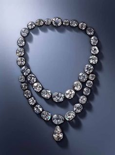 Diamond necklace belonging to Queen Amélie-Auguste (1752 - 1828) wife of Frédéric Auguste I (1750 - 1827), King of Saxony Ignaz Konrad Plödterl (master in 1819 - + 1835) Second half of the 18th century and 1824