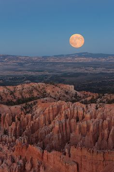 Moonrise @ Bryce Canyon, Utah
