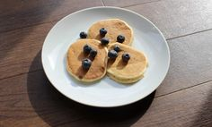 These yogurt pancakes with fresh fruit make a brilliant healthy breakfast that babies and toddlers love. They are easy to make, nutritious and a great finger food. Best of all they are suitable for the whole family—just double up the quantities to make a big…