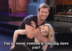 "Chris Hemsworth And Kate McKinnon Are Really Good At The ""Dirty Dancing"" Move"
