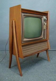 Drexel declaration tv cabinet for motorola. A retrorenovation Tvs, Radios, Vintage Television, Television Set, Mid Century Decor, Mid Century Furniture, Retro Vintage, Vintage Homes, Retro Renovation