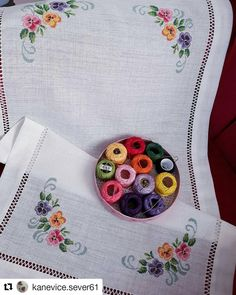 1 million+ Stunning Free Images to Use Anywhere Embroidery Stitches, Hand Embroidery, Embroidery Designs, Free To Use Images, Beaded Cross Stitch, Bargello, Cross Stitch Designs, Needlework, Diy And Crafts