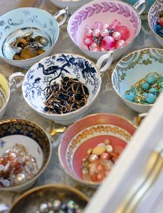 Keep your jewelry organized with vintage teacups.