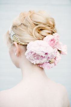 A fresh take on hair flowers. Styling by Michelle Edgemont, photo by brklyn view photography, flowers by Lindsay Rae Designs