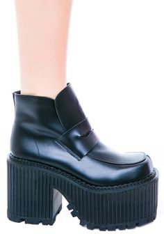 UNIF Heathers Boot | Dolls Kill wish I could be able to pull these off , but I still want them!