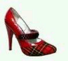 I love these plaid heels