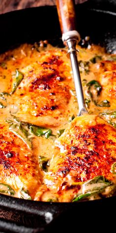 Chicken and Spinach in Creamy Paprika Sauce - Essen und Trinken - Chicken Recipes Paprika Sauce, Chicken Paprika, Meat Recipes, Dinner Recipes, Cooking Recipes, Healthy Recipes, Delicious Chicken Recipes, Sauce Crémeuse, Healthy Dinner Recipes