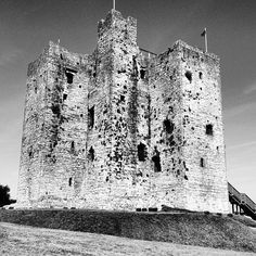 The great donjon of De Lacy's castle at Trim, #meath #ireland