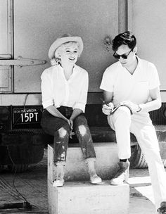 Marilyn Monroe interviewed on the set of The Misfits, 1960