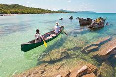 Promenade en canoë, au Mozambique