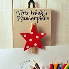 LPO/114 'This weeks Masterpiece'. Pin up your chidrens artwork on this clever peg.