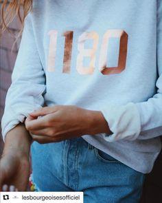 Choisissez la couleur de votre pull, la couleur de votre date de naissance et affirmez pleinement votre belgitude ! Pull, Sweatshirts, Life, Color, Trainers, Sweatshirt, Sweater, Hoodie, Hoodies