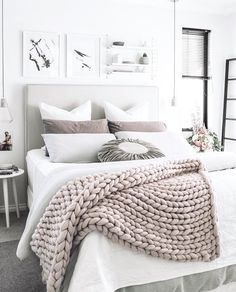 Winter interior trends, cable knit blanket