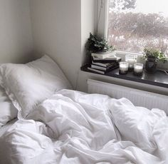 Classic tumblr bedroom