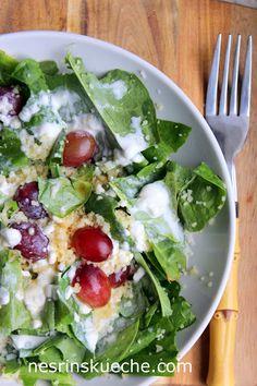NESRiN`S KÜCHE: Sauerampfersalat mit Bulgur und rote Trauben
