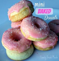 Mini Baked Donuts.   Super easy to make these healthy donuts for breakfast!