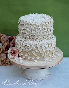 Browse the most creative and pretty wedding cake photos and designs for a sweet and unique dessert table come your big day. Pretty Wedding Cakes, Wedding Cake Photos, Pretty Cakes, Cupcakes, Cupcake Cakes, Wedding Anniversary Cakes, Anniversary Flowers, Naked Cakes, Unique Desserts
