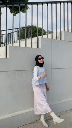 Hijab Fashion Summer, Korean Girl Fashion, Teen Fashion Outfits, Muslim Fashion, Casual Hijab Outfit, Ootd Hijab, Tank Top Outfits, Modest Outfits, Pastel Outfit