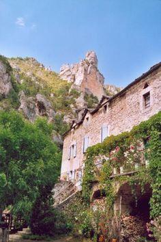Saint hilaire de lavit Guide du tourisme de la Lozère Languedoc-Roussillon