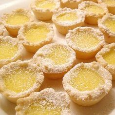 Lemon Tartlets Lemon Tartlets I'm a sucker for all things lemon! Yet another fantastic Pampered Chef recipe to use in the Mini Muffin Tin. Muffin Pan Recipes, Cookie Recipes, Dessert Recipes, Mini Pie Recipes, Egg Recipes, Lemon Desserts, Just Desserts, Lemon Curd Dessert, Pastries