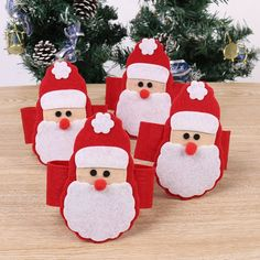 Face of Santa Claus napkin holder Christmas Napkin Rings, Diy Christmas Garland, Christmas Napkins, Diy Garland, Felt Christmas Ornaments, Christmas Tablescapes, Christmas Sewing, Christmas Crafts For Kids, Christmas Time