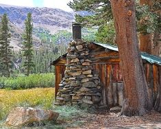 Title: Rustic Log Cabin I found this cabin in Northern California, high in the mountains north of Mammoth Lakes. Please use the drop-down list, on the right side, to select size and type (print or canvas) Please note that some sizes require a bit of cropping to fit the size selected. PRINT DETAILS: