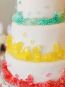 Love the Rock Candy cake for Anna's candy birthday party :-) Pretty Cakes, Beautiful Cakes, Amazing Cakes, Beautiful Flowers, Cupcakes, Cupcake Cakes, Rock Candy Cakes, Creative Cakes, Creative Desserts