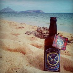 A bottle of Thistly Cross makes it to the sandy shores of beautiful Hawaii