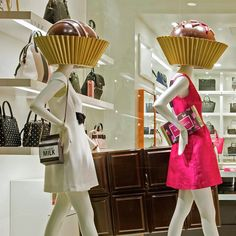 Window installation Kate Spade with our mannequin from Pucci Collection #cofradmannequins #mannequins #visualmerchandising