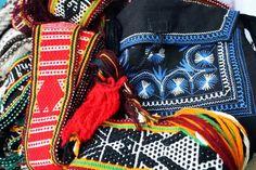 Arte textil y bordados indígenas de México, una guía para distinguir los distintos tipos -Más de México Funny Tips, Wedding Videos, Diet Plans To Lose Weight, Women's Watches, Style, Concept, Twitter, Google, Mexican Textiles