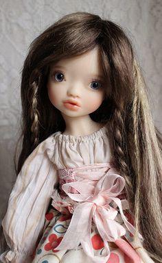 Elleki wig test meadow doll