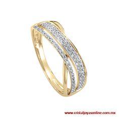 14k anillo oro amarillo con un diseño romántico y detalles conformados por 18 puntos de diamante