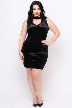 Plus Size Crushed Velvet Choker Dress - Black