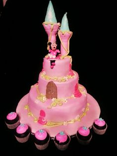 LITTLE GIRL BIRTHDAY CAKES IMAGES | www.RoxanasCakes.com: Princess Castle Birthday Cake