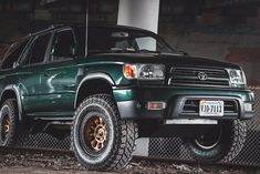 A Brief History Of Ford Trucks – Best Worst Car Insurance Mini Trucks, 4x4 Trucks, Custom Trucks, 2003 Toyota Tundra, 2000 Toyota 4runner, Toyota Trucks, Lifted Ford Trucks, Best Off Road Vehicles, Toyota Surf