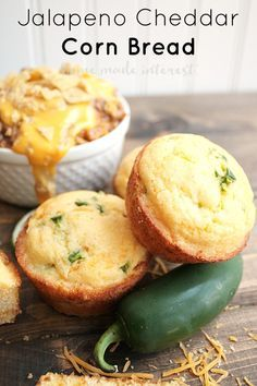 Delicious corn bread with fresh jalapenos and cheddar cheese. A quick and easy side dish for a weeknight meal.#SaveonHelper #ad Jalepeno Cornbread Jiffy, Corn Bread Jiffy, Jiffy Cornbread Recipes, Cornbread Cake, Bagels, Wraps, Croissants, Super Simple, Mini Quiches
