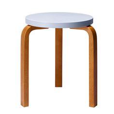 Loving this color combo! Aalto stool light blue-honey, by Artek. Pink Furniture, Walnut Furniture, Colorful Furniture, Modern Furniture, Furniture Design, Scandinavian Living, Scandinavian Design, Low Stool, Stool 60