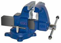 Pipe and Bench Vise Model 55c