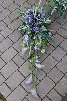 Flower Arrangements, Plants, Funeral Flowers, Ikebana, Arrangement, Flowers, Floral, Florist, Flower Arrangement Designs