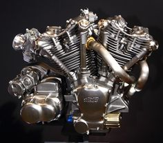 Vintage Motorcycles Tokyo Motorcycle Show: Mugen Unveils cc V-Twin Engine - Japanese firm Mugen introduces a brand new cc v-twin engine at the Tokyo Motorcycle Show. Vintage Bikes, Vintage Motorcycles, Custom Motorcycles, Cars And Motorcycles, Vintage Cars, Indian Motorcycles, Motorbike Parts, Motorcycle News, Honda Cars