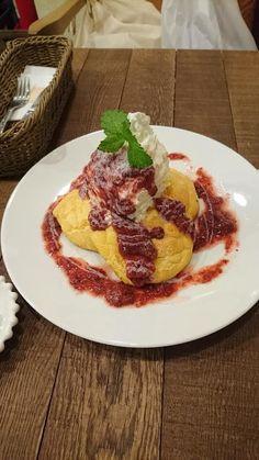 『Cafe Blue(札幌)』お勧めは、ブルーベリーチーズパンケーキと、オレンジのパンケーキ