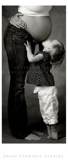 cute sibling maternity shoot