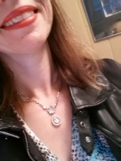 Use the Good Stuff: Thirty days to using the good stuff you already have: day vintage necklace. Sewing, Diamond, Vintage, Jewelry, Fashion, Moda, Dressmaking, Jewlery, Couture