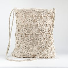 Visit www.OutstandingCrochet.com and follow by e-mail to receive free patterns, tutorials and new patterns in the shops announcements!
