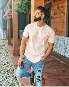 Image may contain: 1 person, standing and sunglasses Beard Styles Names, Best Beard Styles, Hair And Beard Styles, Parmish Verma Beard, Man Dressing Style, Dressing Sense, Punjabi Models, Beard Haircut, Cool Hairstyles For Men