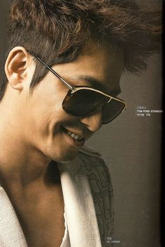 Tom Ford Selects Kang Ji Hwan as the First Korean Model for His Eye Wear Line Korean Men, Korean Actors, Korean Dramas, Watch Korean Drama, Asian Celebrities, Big Love, His Eyes, Gorgeous Men, Tom Ford