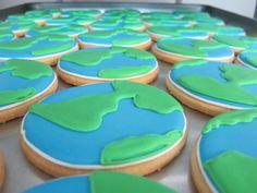 globe cookies from A Dozen Eggs Bake Shoppe
