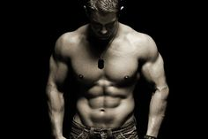 A man with a big and defined 6 pack.